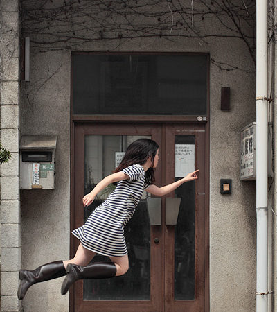 """""""Levitating girl"""" making waves in Japan for her defiance of gravity"""
