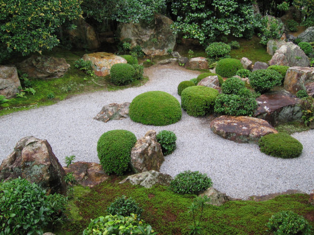 Zen garden pictures and the world of karesansui kawaii for Japanese zen garden design