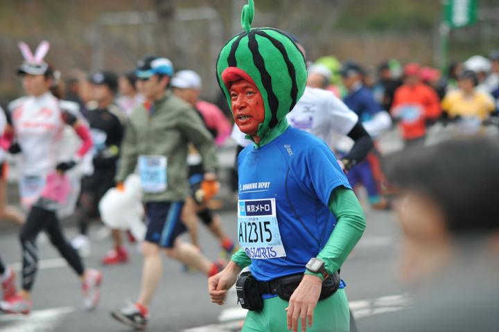 tokyo_marathon_2012_fancydress_2135