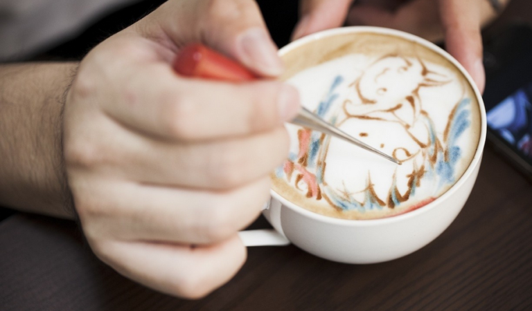 Colorful Latte Art by Sugi