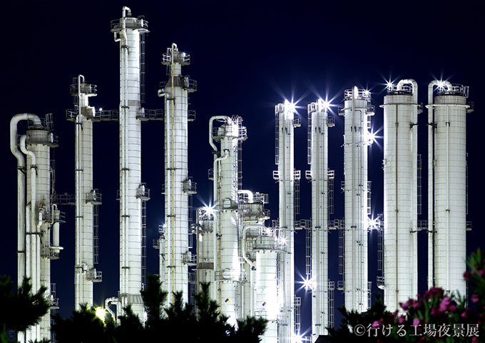 night_views_of_accessible_factories_8