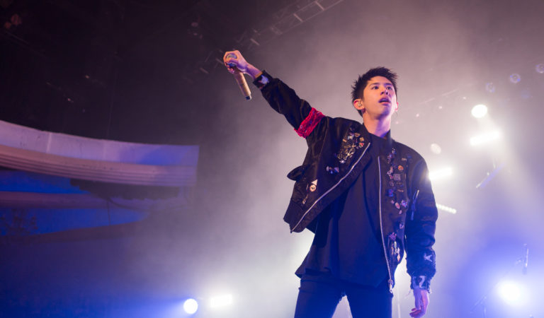 [LIVE REPORT] ONE OK ROCK in Los Angeles (Hollywood Palladium, 2017.01.21)